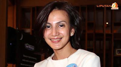 Wanda Hamidah Yang Menjebak Raffi Ahmad? - http://lintasjagat.blogspot.com/