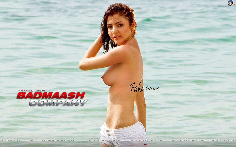 Anushka Sharma Bikini