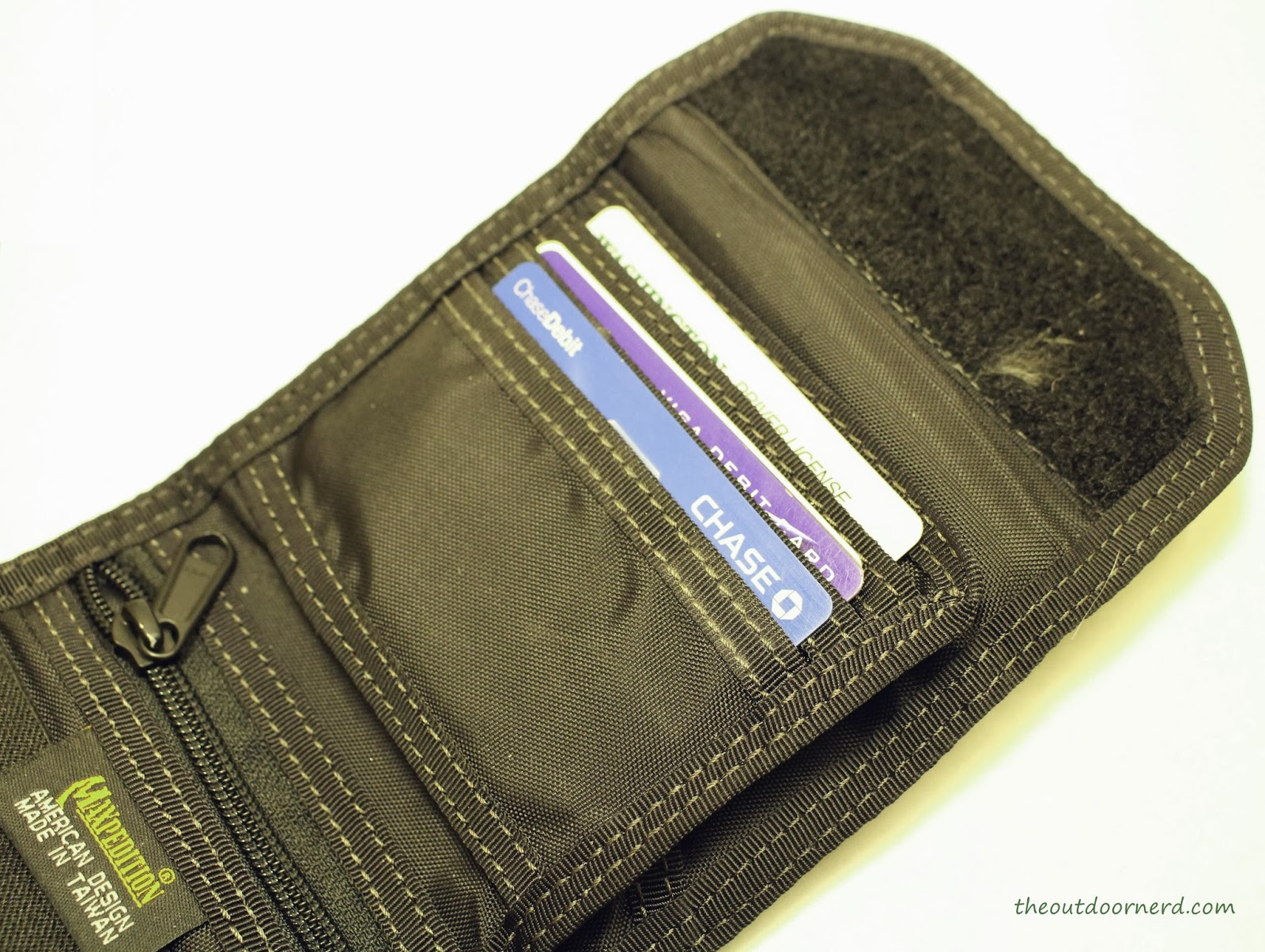 Maxpedition C.M.C Wallet - Closeup Of Card Slots 1