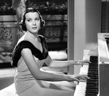 kitty carlisle hart net worth