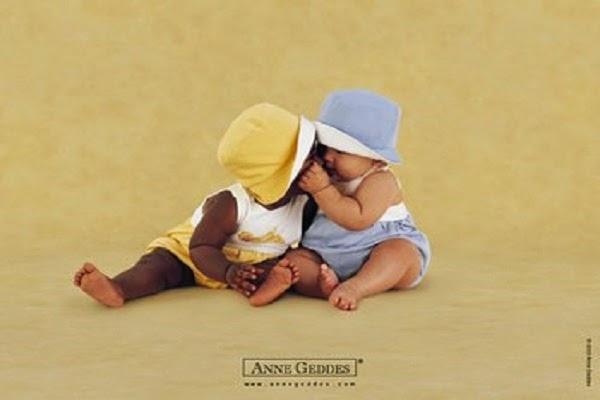 Magnifique Photo bébé jumeaux anne geddes