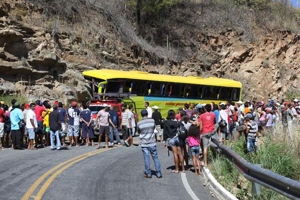 Blog do Paulo Sérgio Carvalho: Caririaçu-CE: Acidente com ônibus de