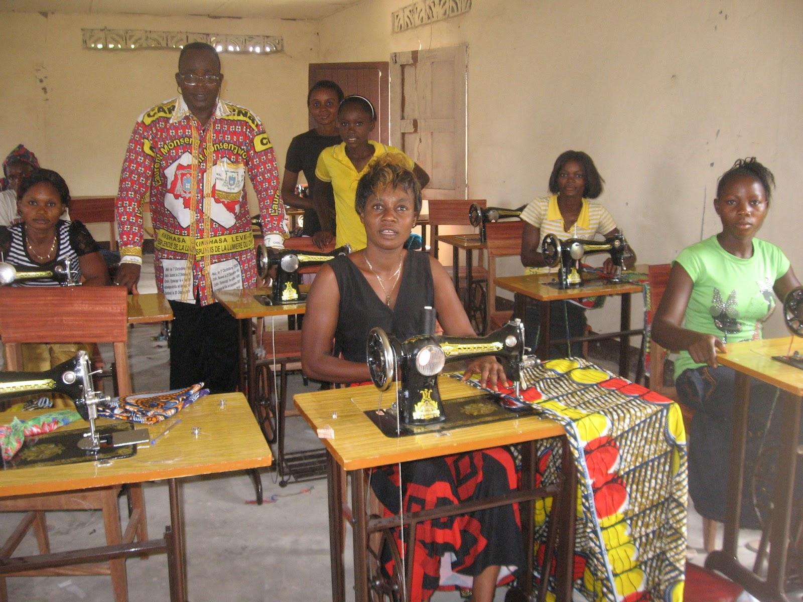 Diocese d 39 inongo la maison de couture d 39 inongo projet de for Ayzel maison de couture