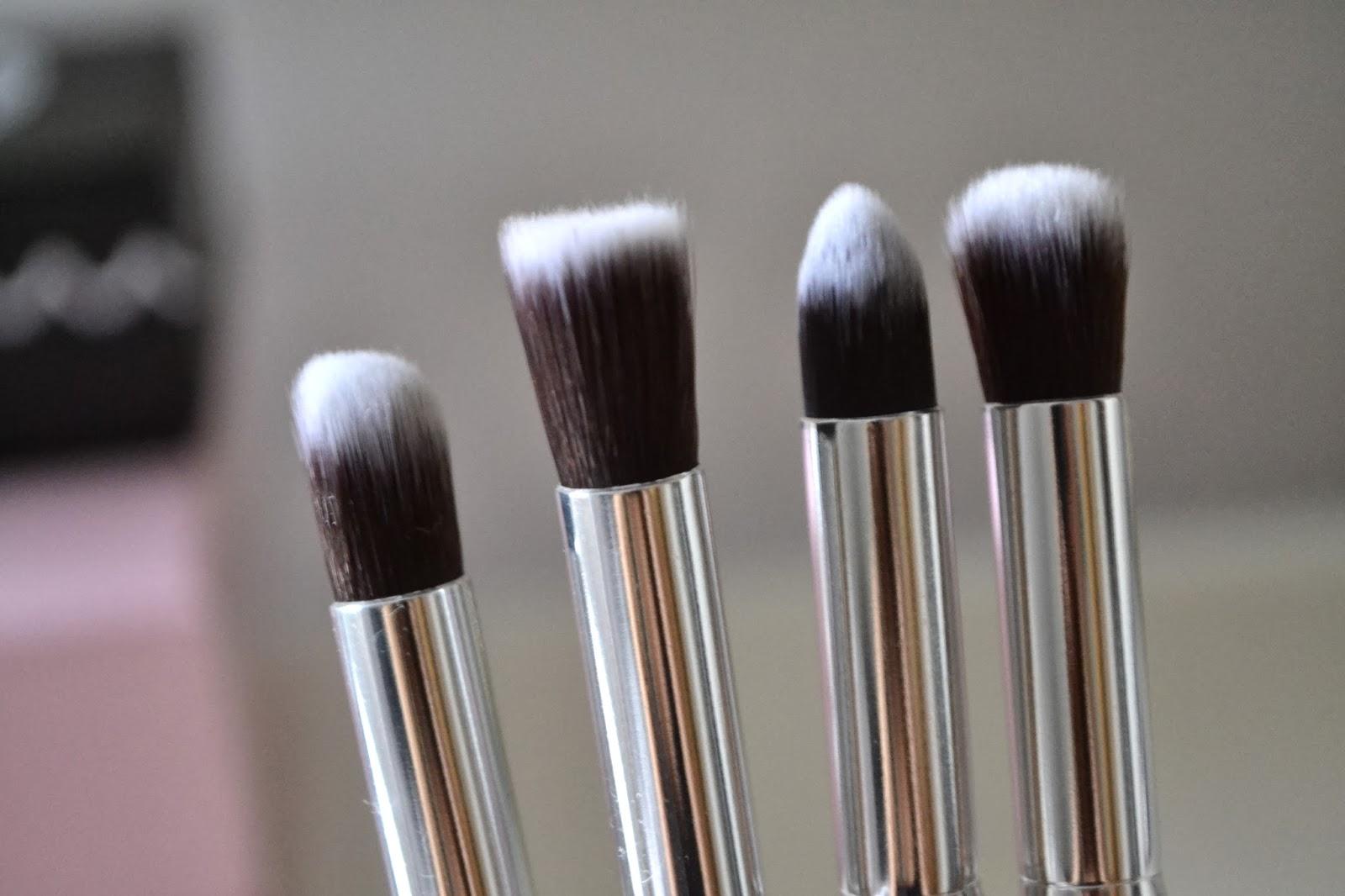 girl in the black hat ebay jessy makeup brushes