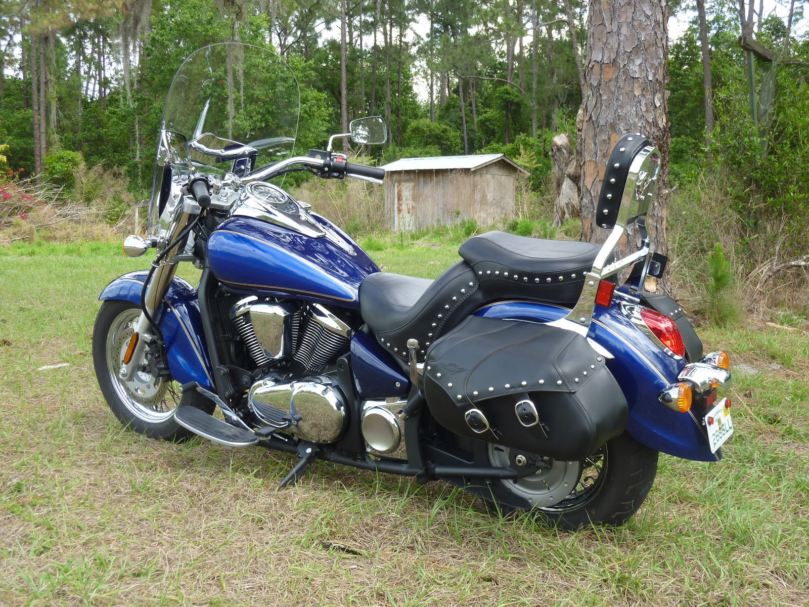Back Road Motorcycle Rides  Kawasaki Vulcan 900 Review