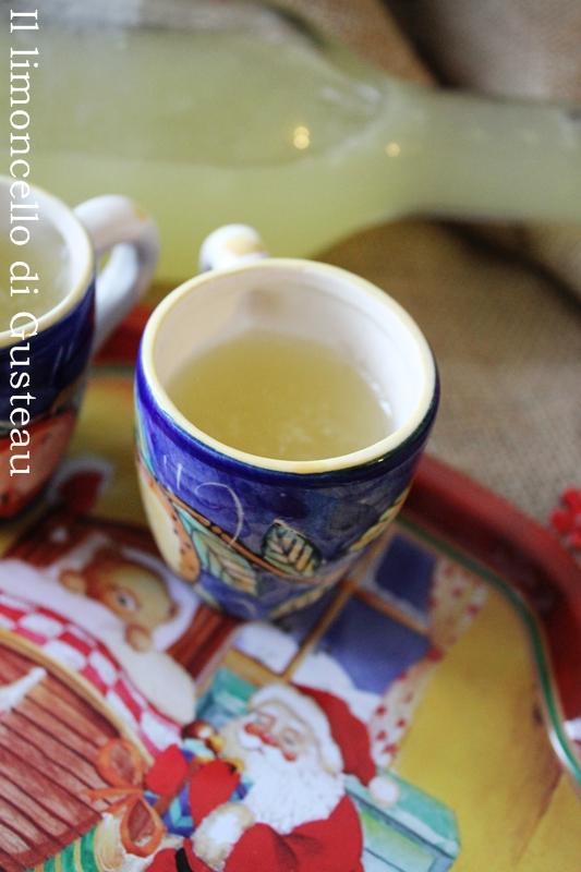 http://www.pecorelladimarzapane.com/2011/11/il-limoncello-di-gusteau.html