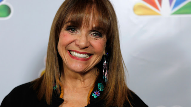 U.S. Star Valerie Harper was Diagnosed with Terminal Brain Cancer