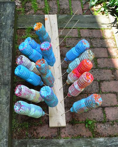 Water Bottle Projects: Art With Kids: Water Bottle Sculpture