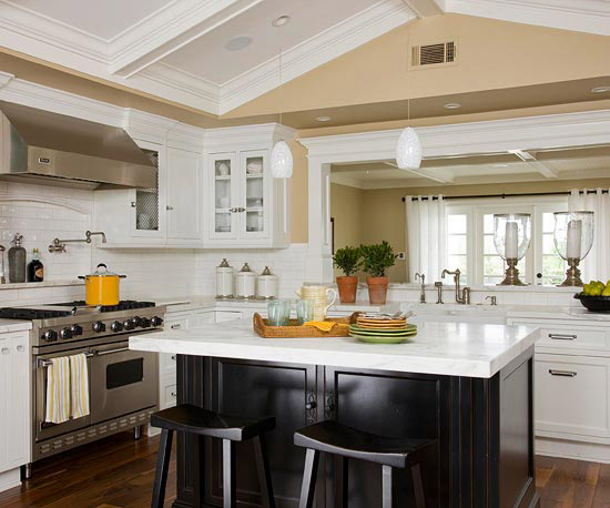 New home interior design find the perfect kitchen color for New kitchen colors schemes