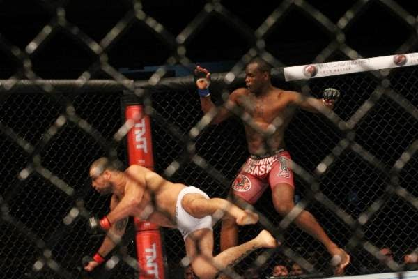 saint-preux-knocks-shogun