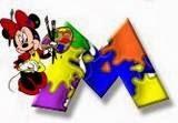 Alfabeto de Minnie Mouse pintando M.