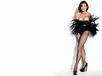 Sandra Bullock Glamor Photo Shoot