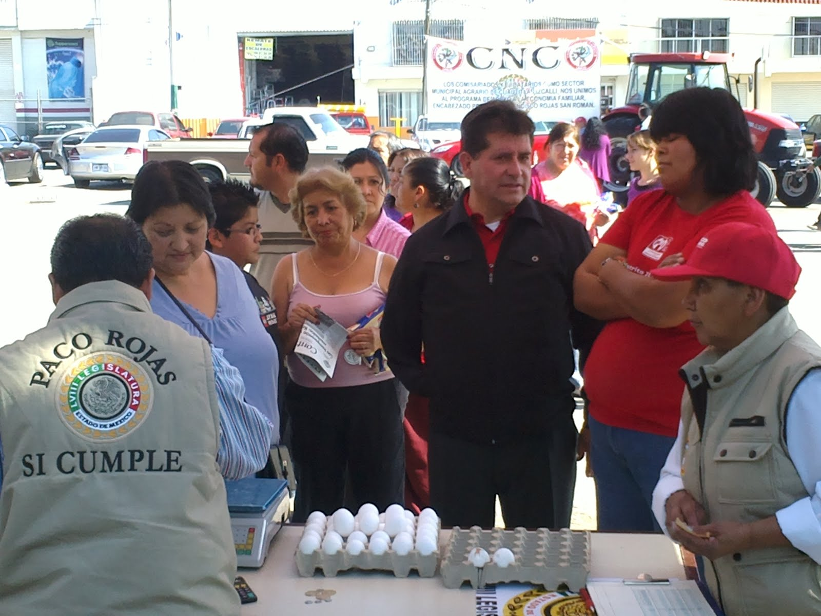 Continuamosmx constante apoyo a econom a familiar lleva for Paco familiar