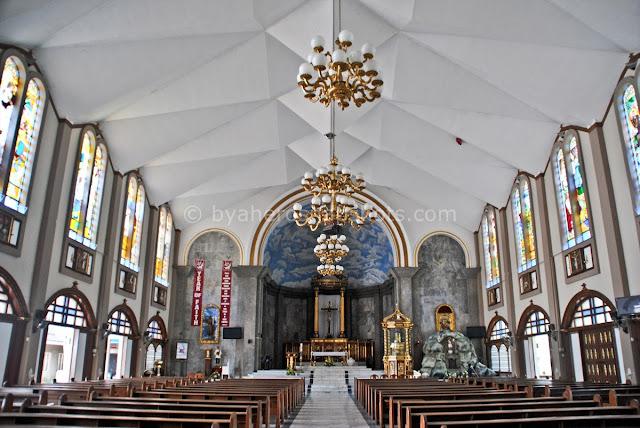 Byahero visita iglesia for 8 salon taytay rizal