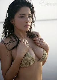 Foto Ngentot Abg Cantik Pose Hot Di Pantai