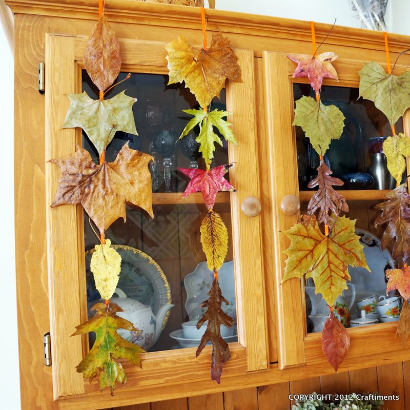 Craftiments.com | Falling Leaves Garland