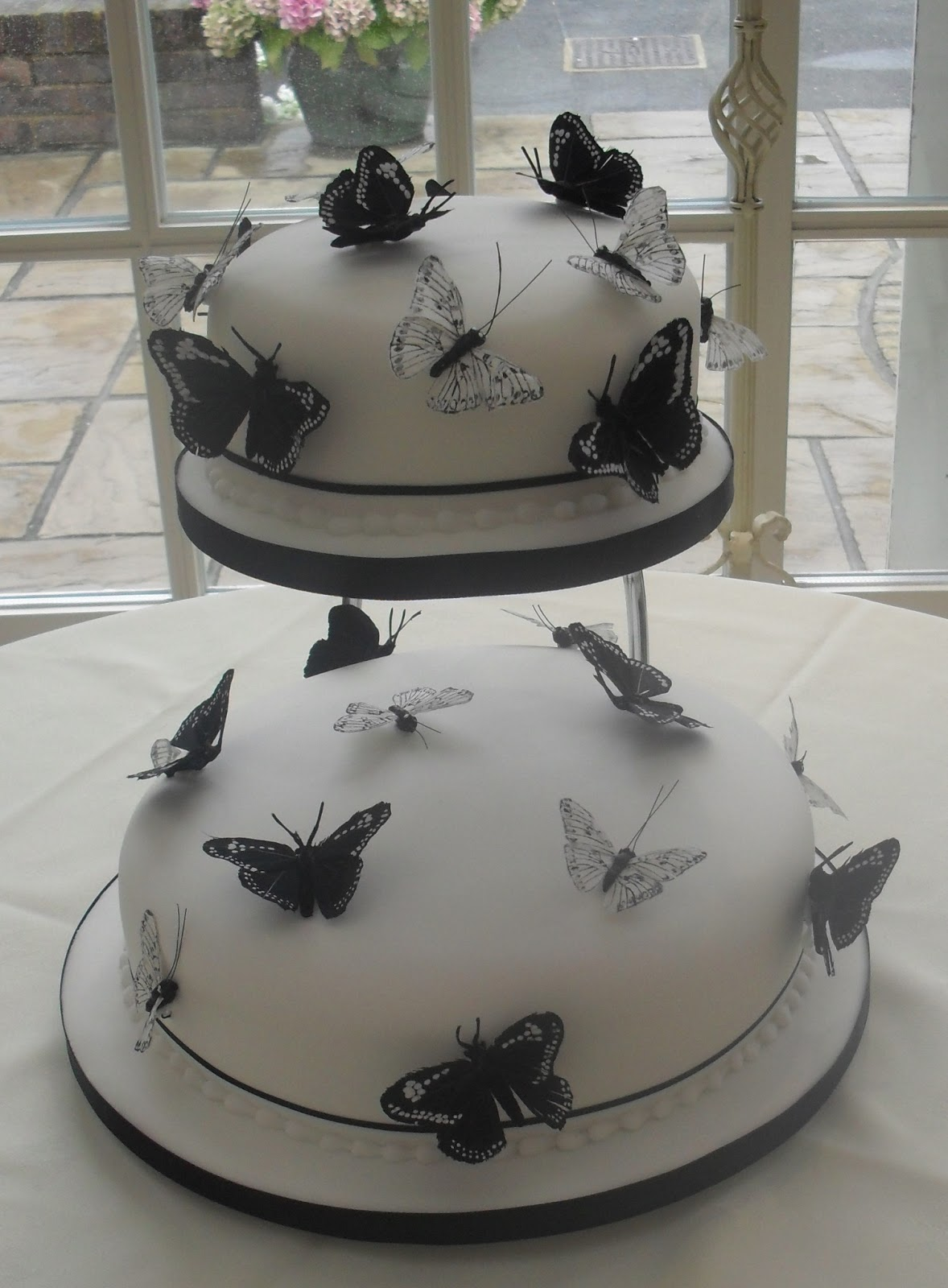 Romantic Wedding Cakes with butterfly Decoration Wedding