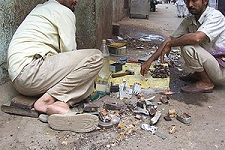 https://en.wikibooks.org/wiki/Lentis/Where_It_Goes:_Electronic_Waste_and_Salvage