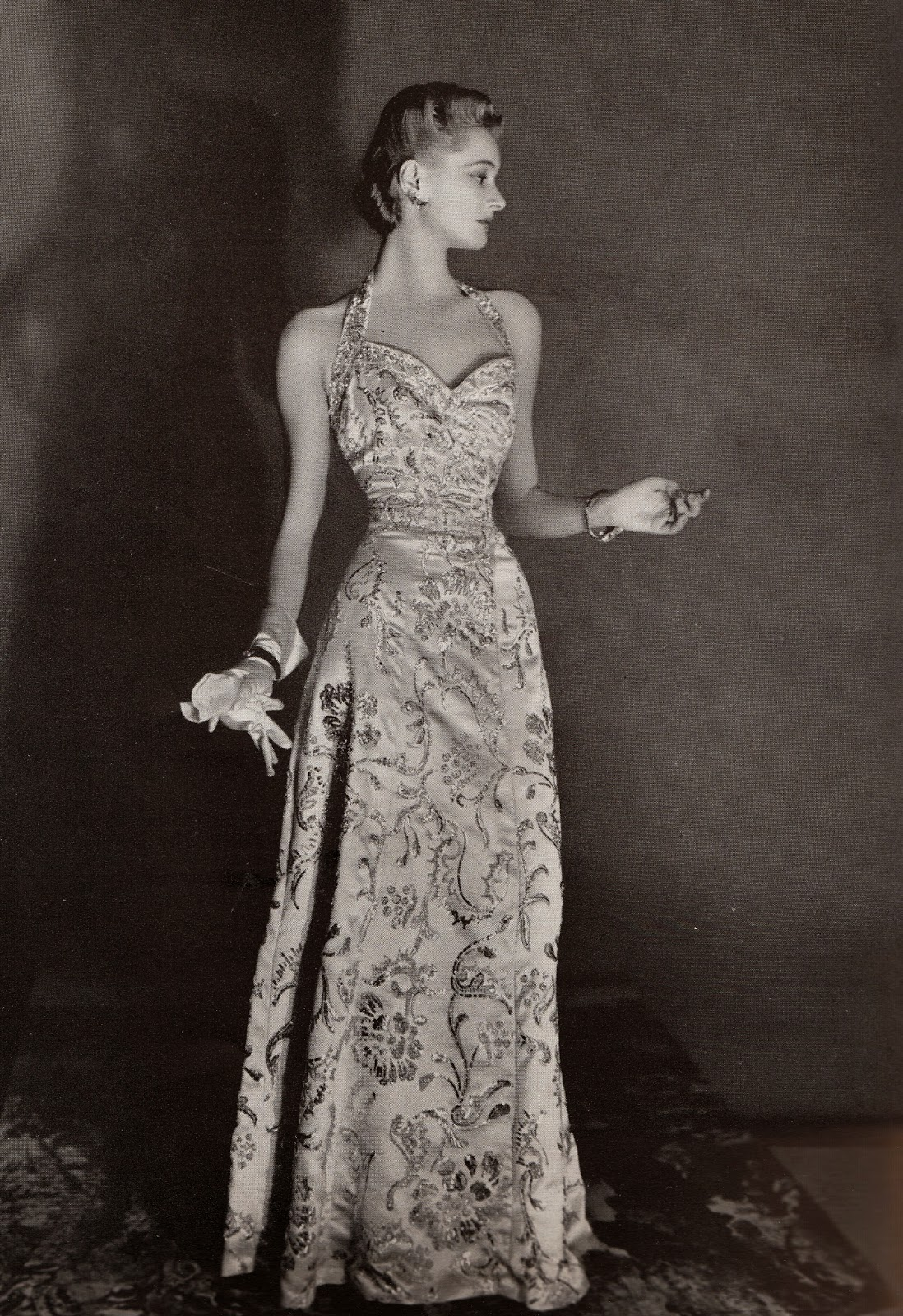 Love Fashion Love Vintage: Harper\'s Bazaar 1939 Evening Gowns
