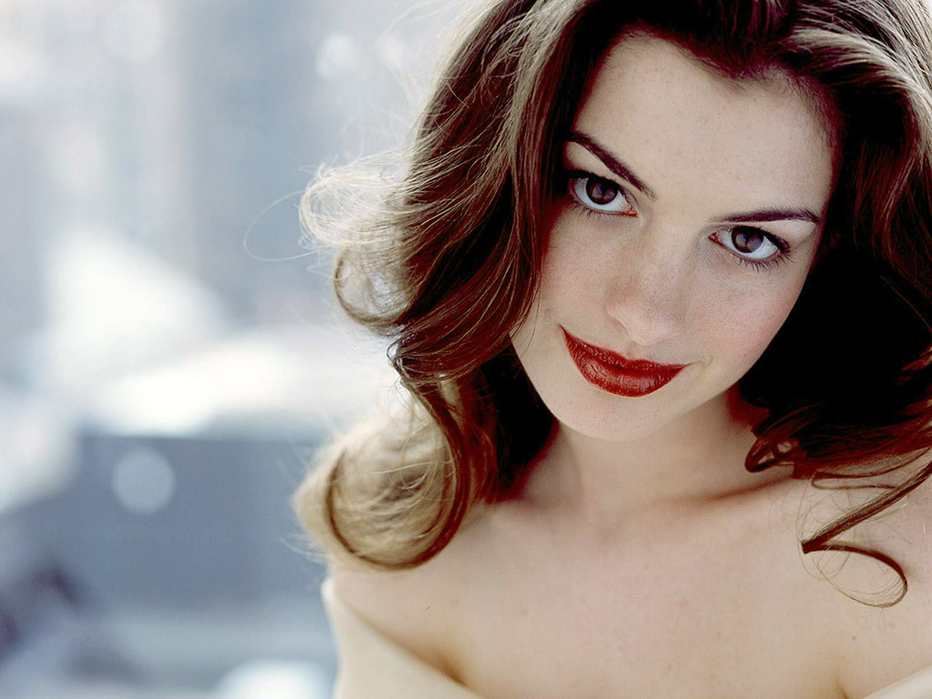 http://1.bp.blogspot.com/-DKT9V4zic9c/UAv2m4a7rnI/AAAAAAAAHTc/9otnftATs5o/s1600/ANNE+HATHAWAY+HOTTIE+OF+THE+WEEK+%283%29.jpg