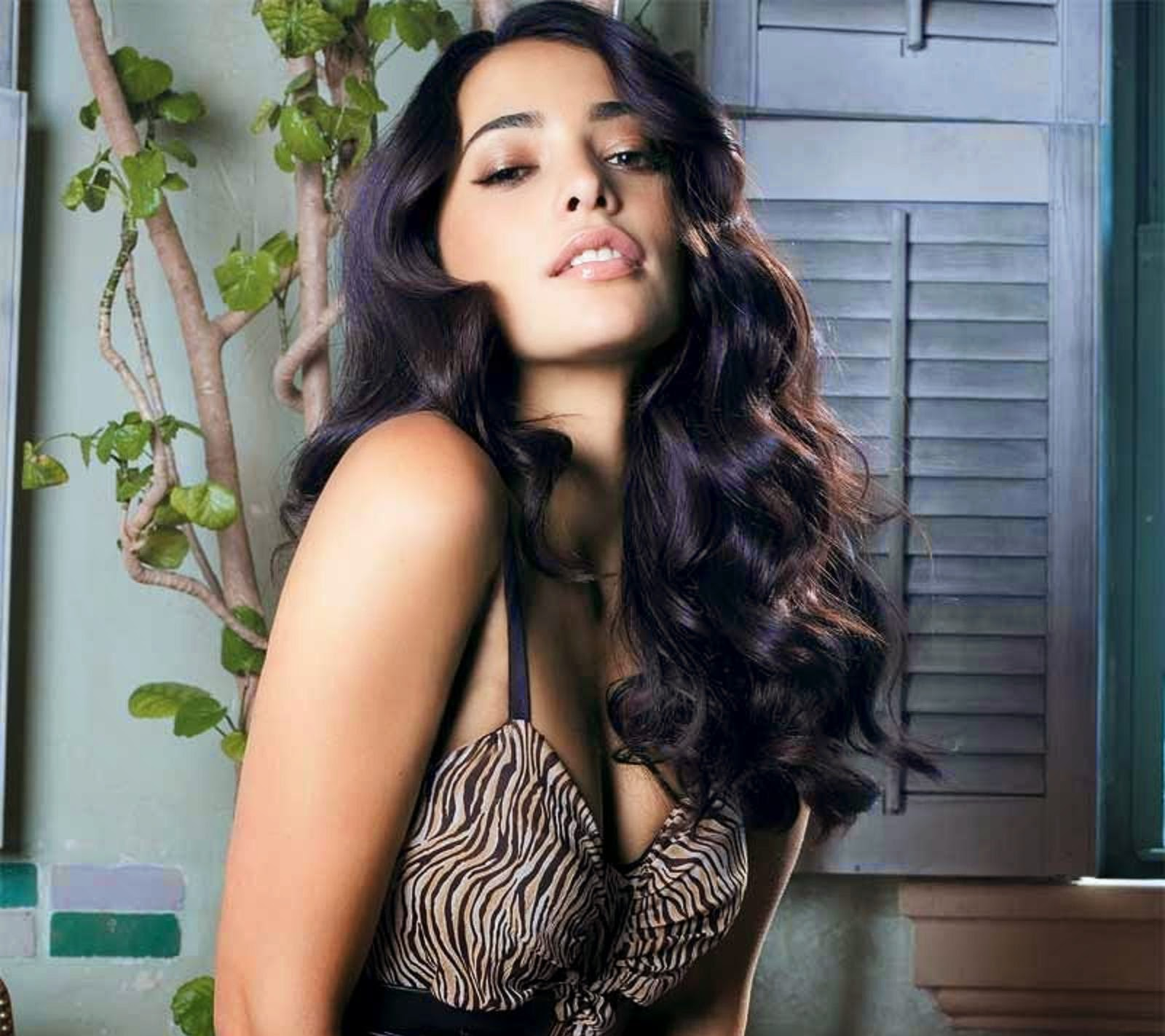 Natalie Martinez Wallpapers Free Download