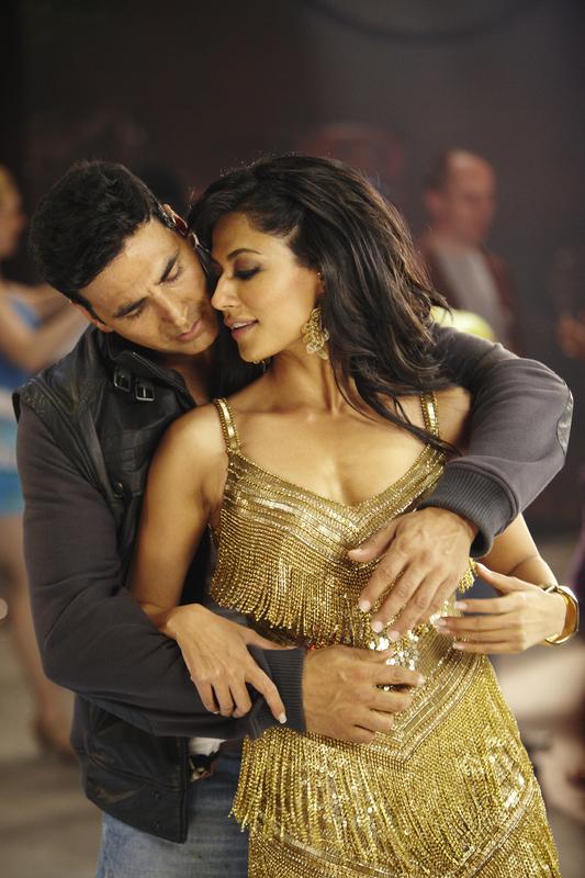 Bollywood Actress Scandals: Chitrangada Singh Hot Wallpapers - Desi ...
