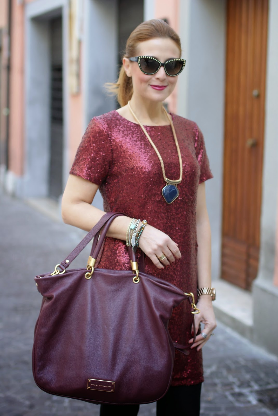 Poppy Lux ruby dress, a sequin dress for holidays and party, Fashion and Cookies, fashion blogger