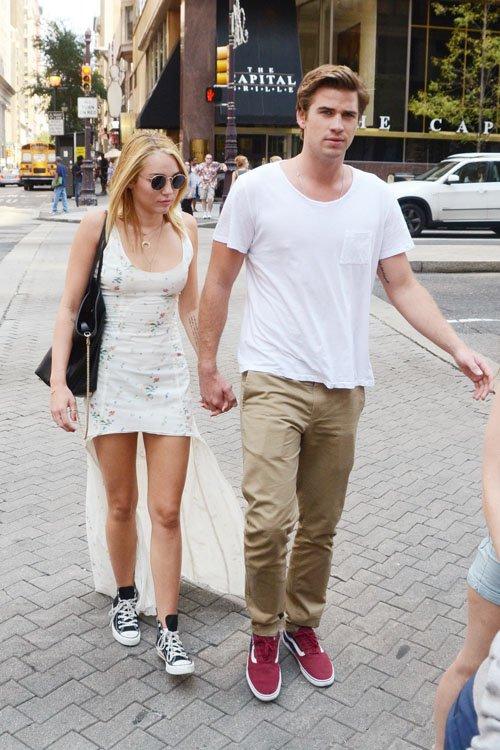 kar1n9: Leer es mi vida: Miley Cyrus & Liam Hemsworth ...