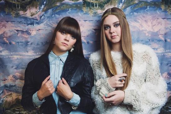 Os looks da Klara e da Johanna.