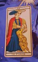 La Fuerza- Tarot de Marsella