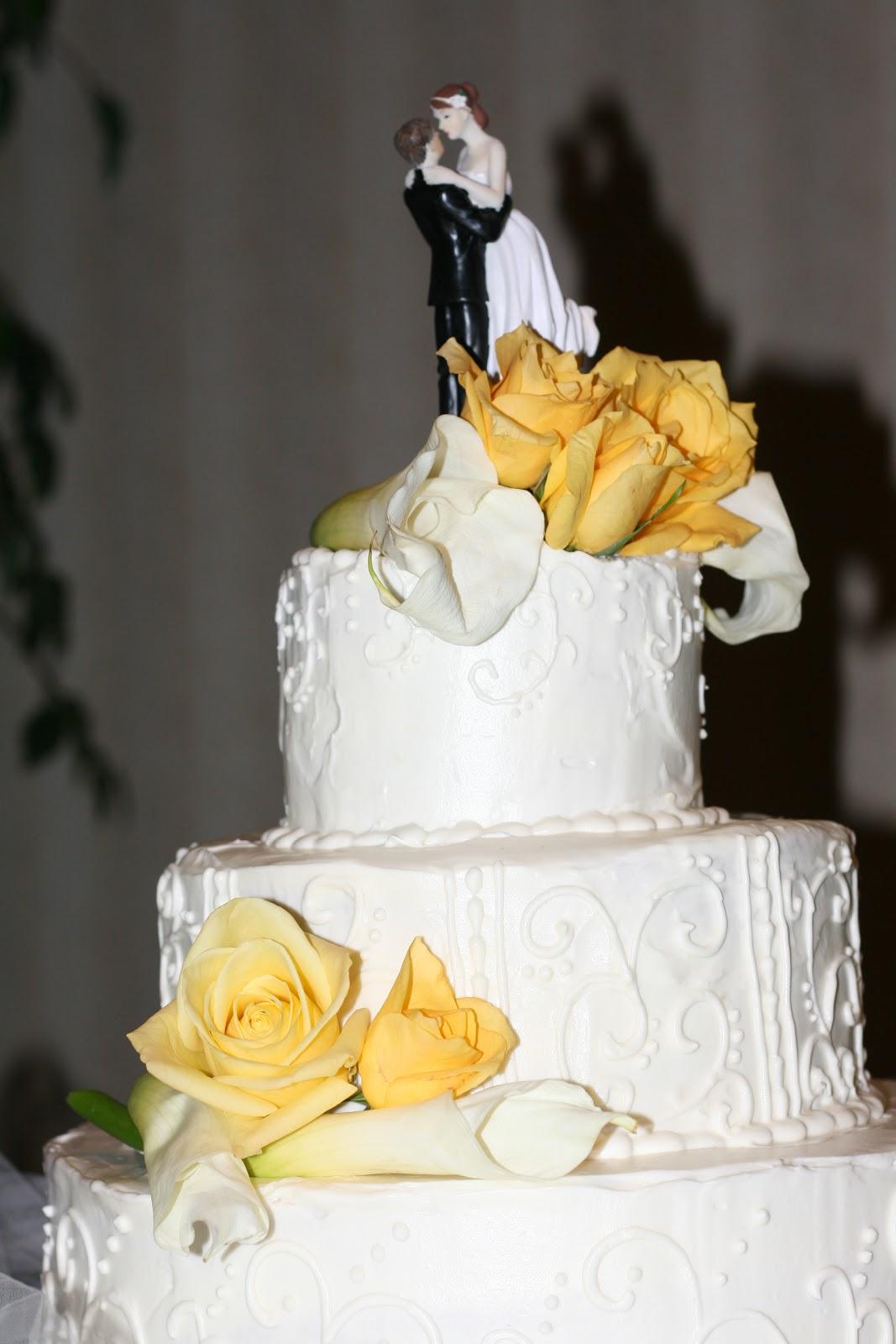 Cakes By Kim: A beatiful wedding cake in Yellow