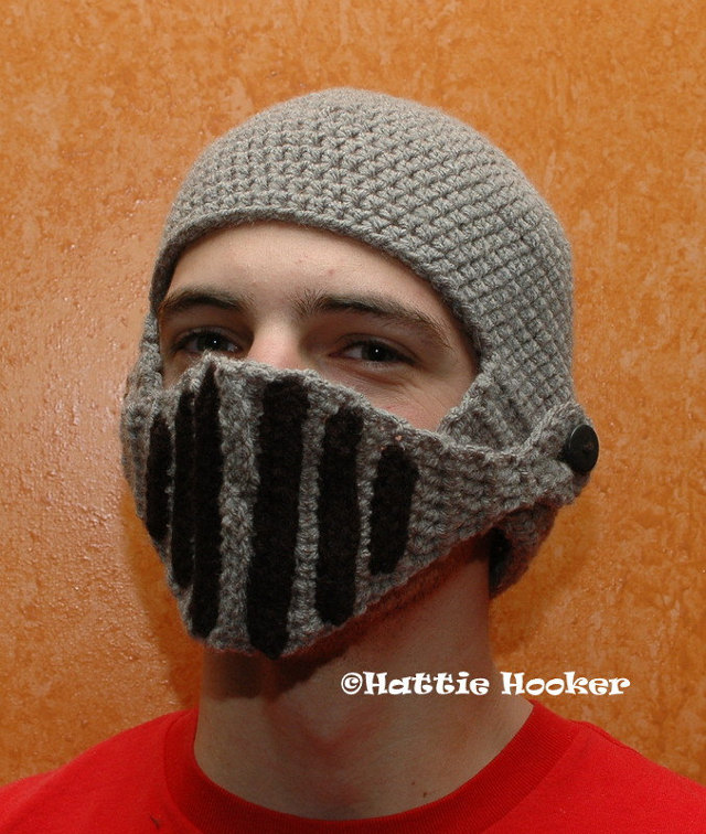 Crochet Knight Helmet : brandflakesforbreakfast: crocheted knights helmet hat