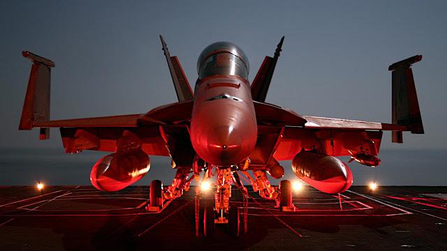 uçak gemisi f18