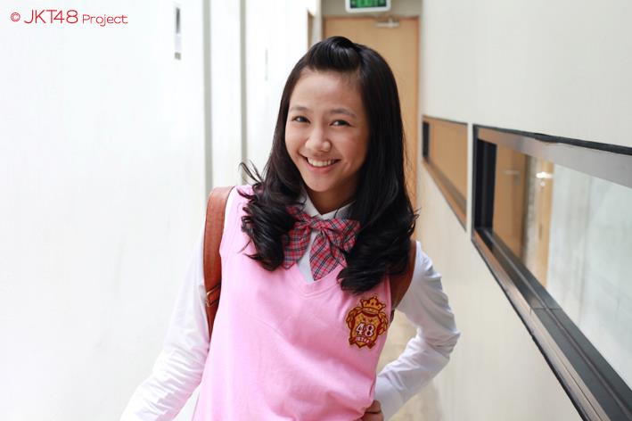 Shania JKT48 at JKT48 school