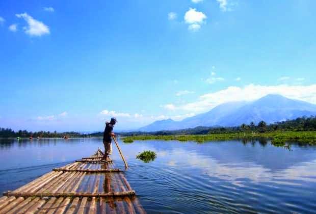 Situ Bangedit - Wisata alami di garut yang indah dan legendaris
