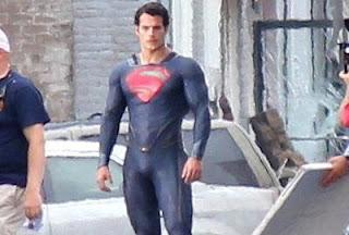 nuevo superman sin calzoncillos rojos