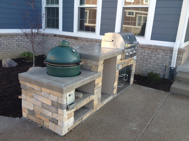 Outdoor Living Big Green Egg Smoker And Saber Grill Custom Outdoor Kitchen