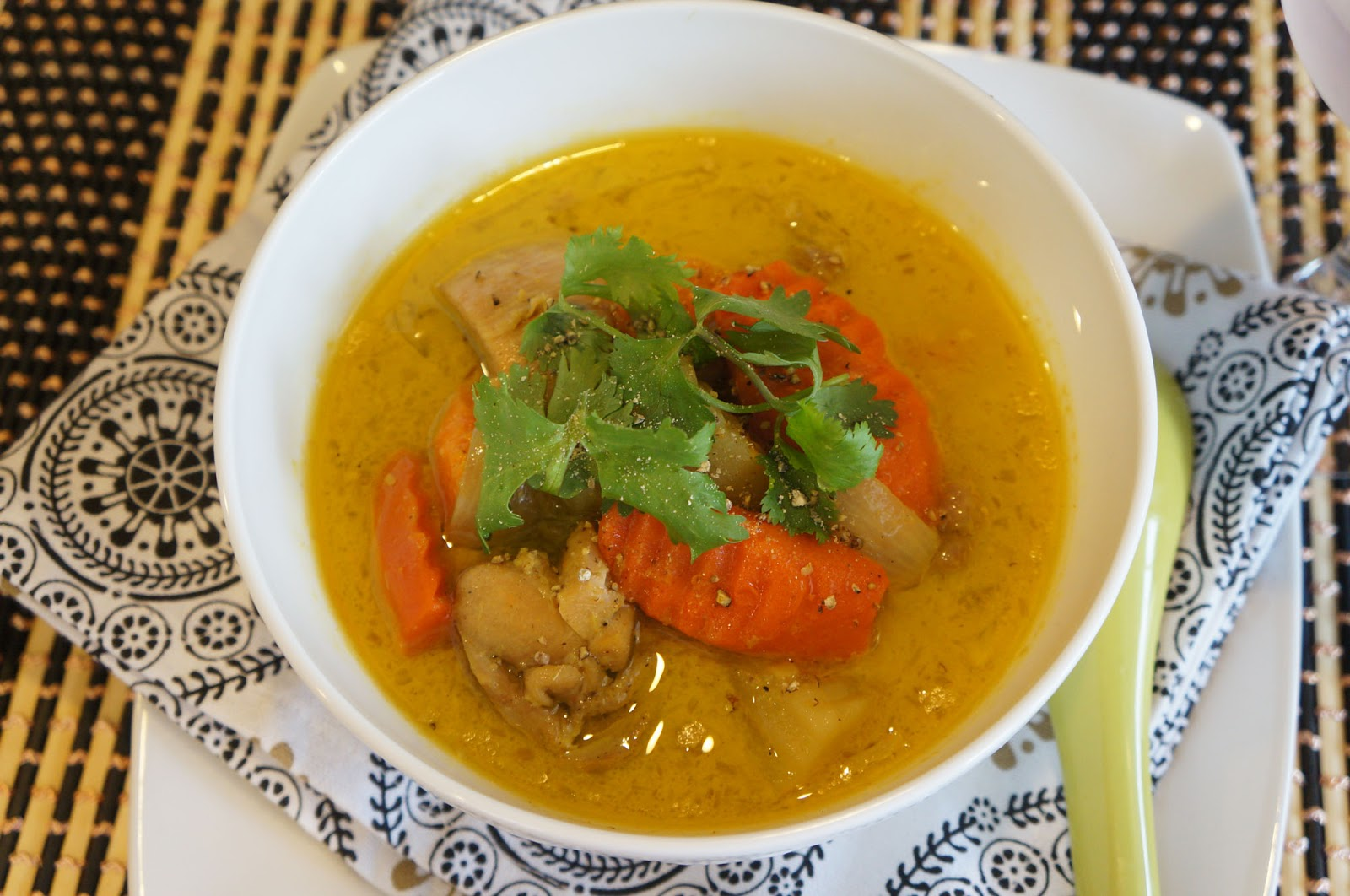 Chicken, Lemongrass, And Potato Curry (Ca-Ri Ga) Recipe — Dishmaps