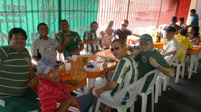 Amizade em verde e branco