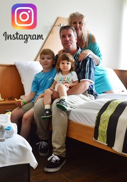 Instagramon is követhetsz több süti, több családi fotó és videók megtekintéséhez! Kattints a képre!