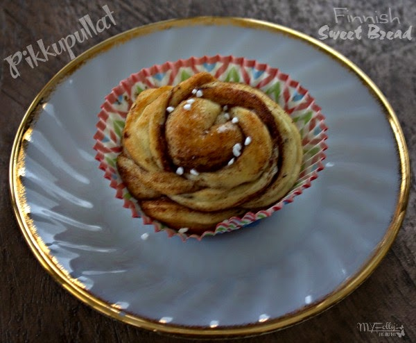 Pikkupullat (Finnish Sweet Buns)/This and That #sweetbuns