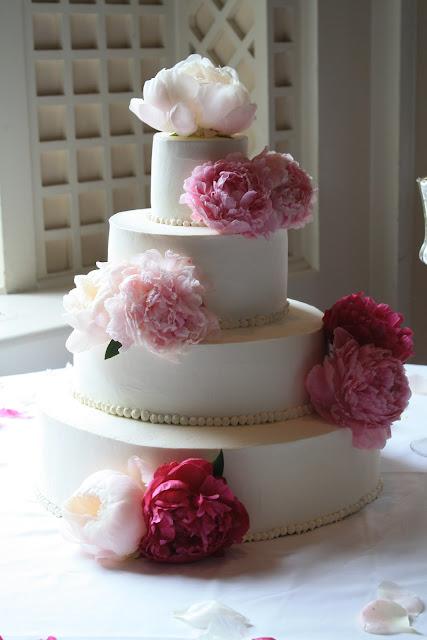 Peony Cake Flowers - Splendid Stems Floral Designs