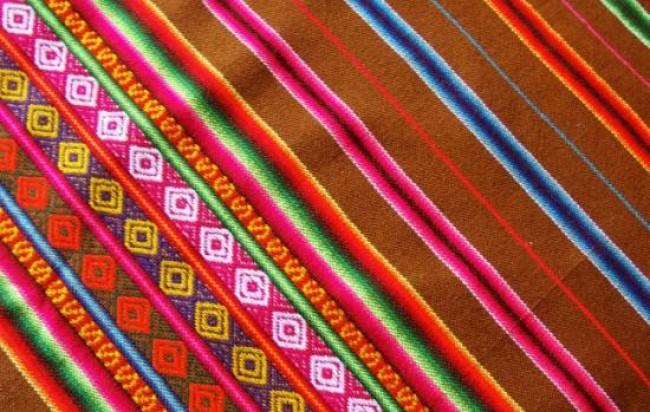 Artesan as con telas de aguayo mayo 2013 - Artesanias con telas ...