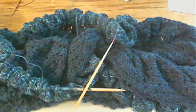 binding off an Elizabeth Zimmerman lace pi shawl