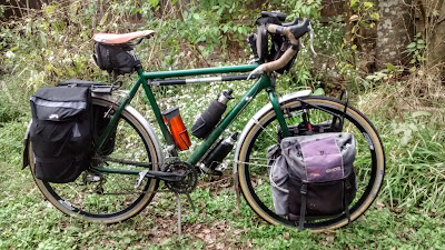 Picture of Touring Bike with racks and panniers