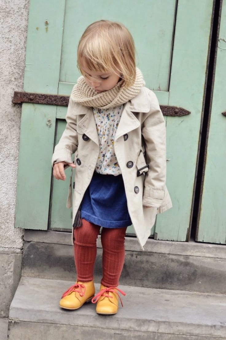 Trench coat for little girls / Gabardina para niña