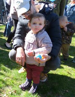 Photo child Easter Egg hunt Pierrepont Playground by MK Metz 2013