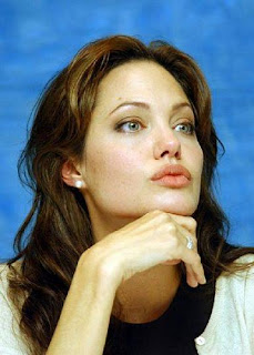 Angelina-Jolie-Photos-Pictures-Images-Pics