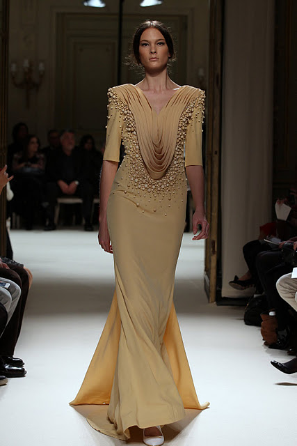 جورج حبيقه - Georges Hobeika Couture Spring Summer 2012 84.jpg