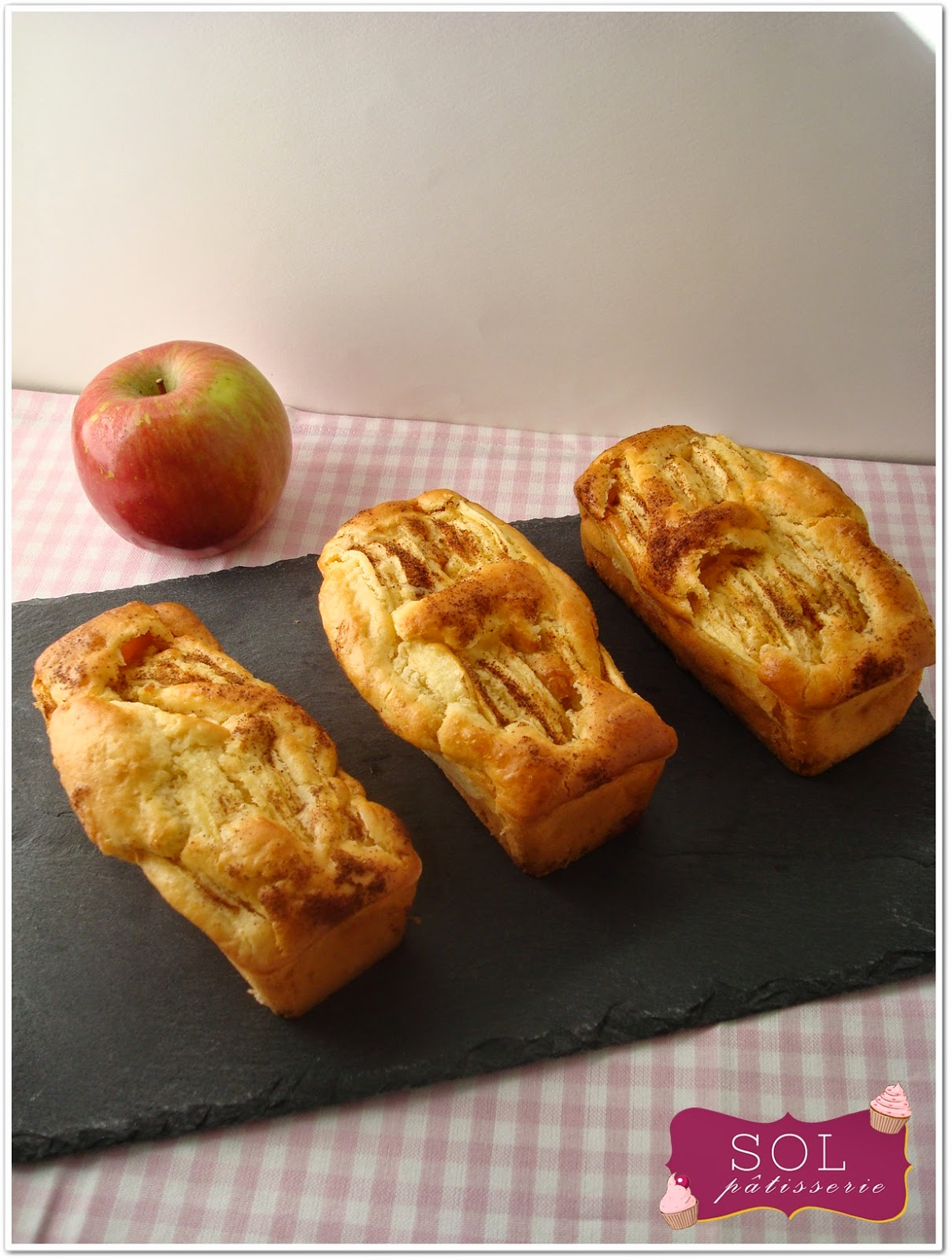 Mini cakes aux pommes et à la purée d'amandes sans gluten et sans lactose - Mini cakes de maçã e pasta de amêndoas sem gluten e sem lactose